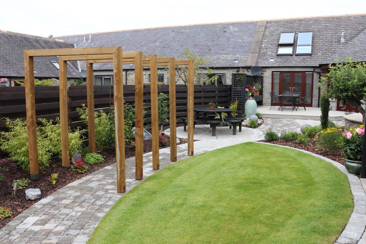 Garden steading project at Ellon - Papillon